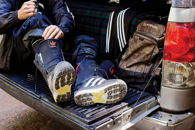 adidas snowboarding-superstar snow boot_14