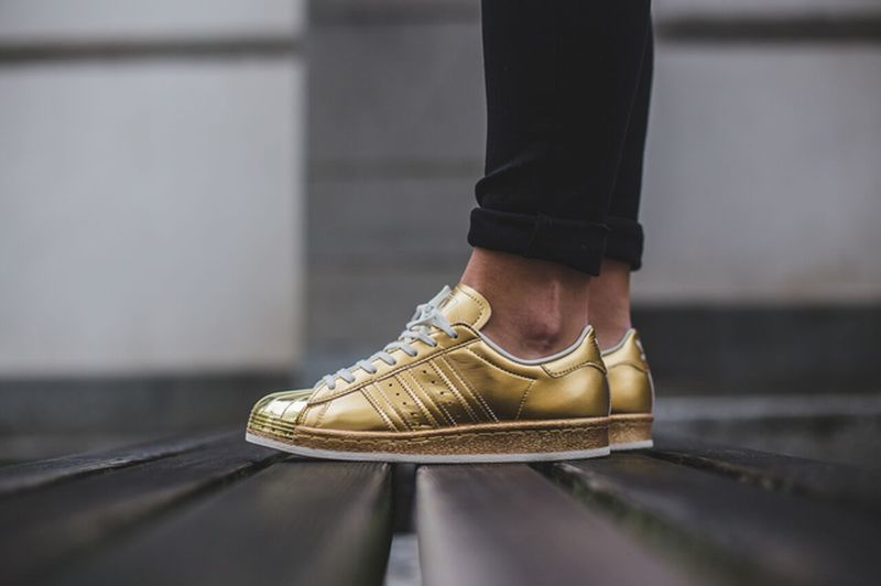 adidas-superstar-metallic-gold_03_result