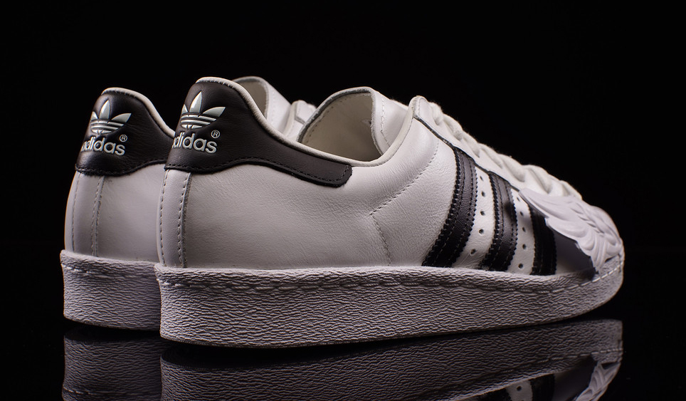 jeremy-scott-adidas-superstar-wing-toe-03