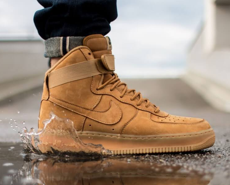 NIKE (Nike) AIR FORCE 1 HIGH ' 07 LV8 high air force 15 AW FLAXFLAX OUTDOOR GREEN US11 flux outdoors green NIKE SPORTSWEAR WHEAT PACK 2015 wheat