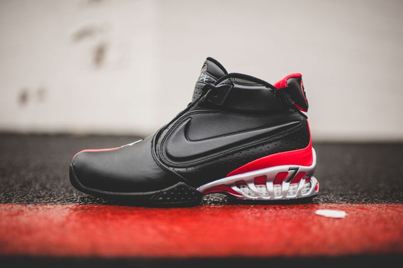 nike-zoom-vick-falcons_03_result