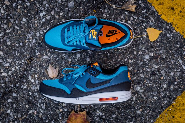 Nike-Air-Max-1-Essential-Stratus-Blue-2_result