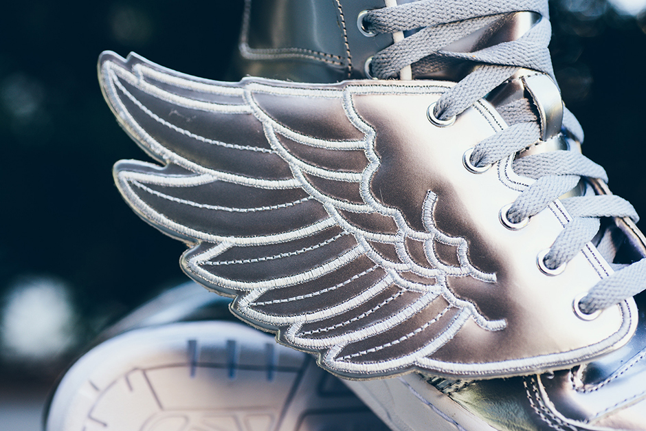 adidas-jeremy-scott-wings-silver-1