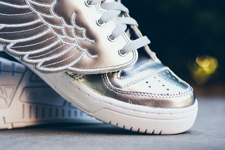 adidas-jeremy-scott-wings-silver-2