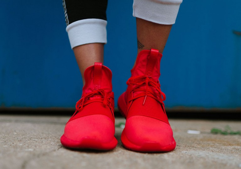adidas-tubular-defiant-all-red-2-768x539