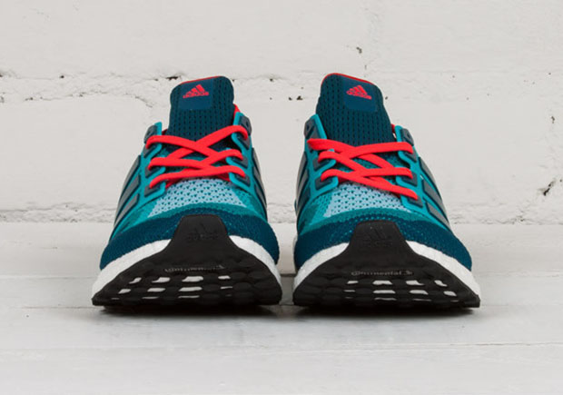 adidas-ultra-boost-teal-red-3