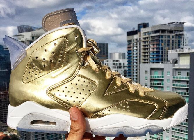 air-jordan-6-gold-oscar_02