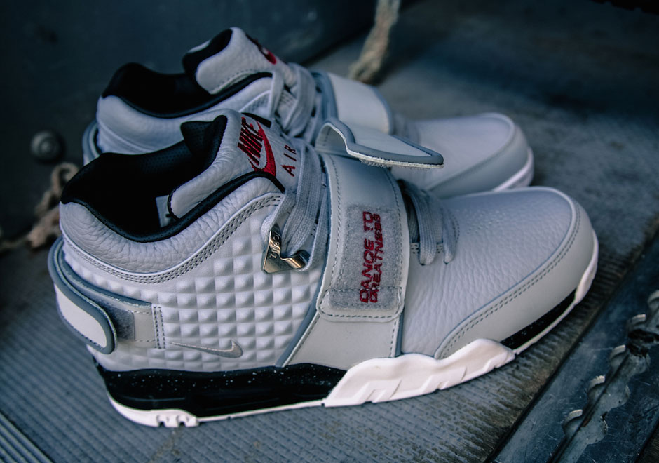 nike-air-cruz-wolf-grey-black-4
