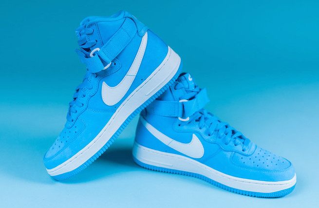 nike-air-force-1-high-retro-university-blue-white-2