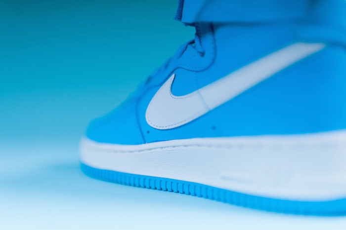 nike-air-force-1-high-retro-university-blue-white-5