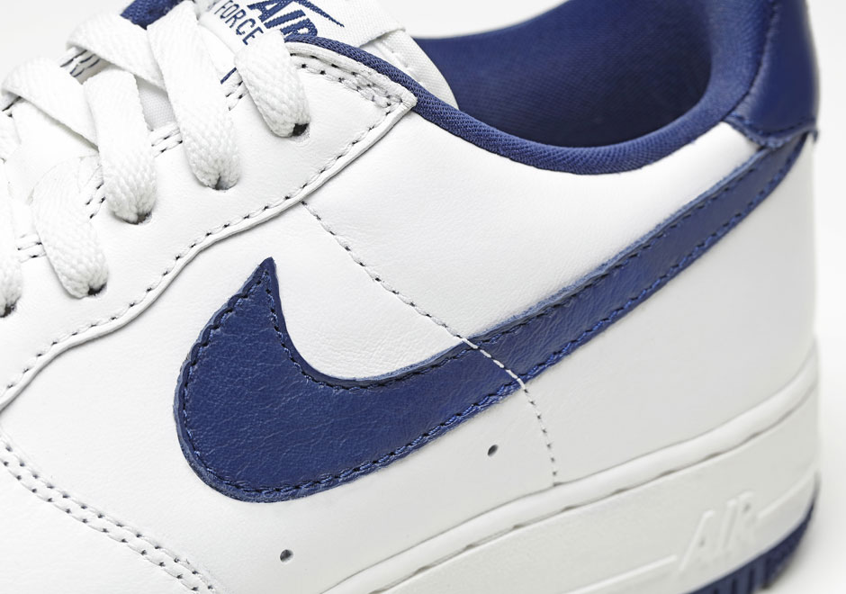 nike-air-force-1-low-nai-ke-white-navy-3