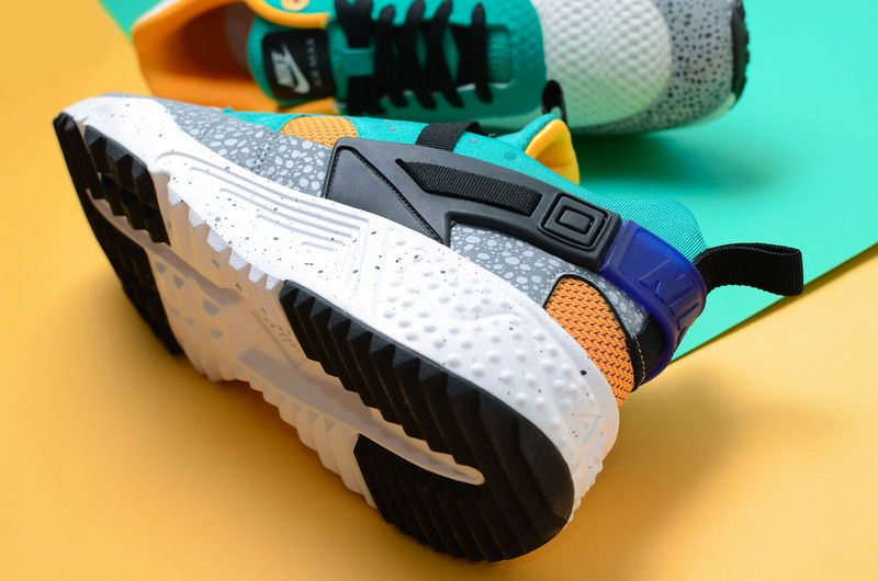 sivasdescalzo-nike-safari-yellow-pack-3