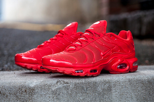 Nike-Air-Max-Plus-Tuned-1-Lava