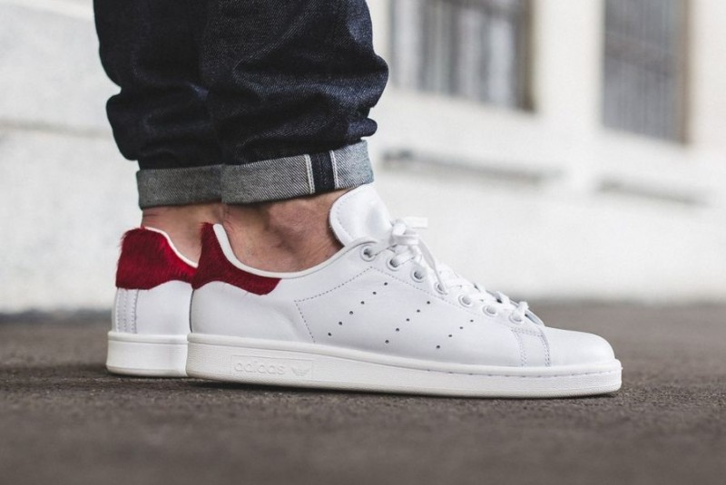 adidas-originals-stan-smith-vintage-white-red-pony-hair 2_04