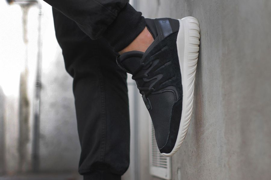 adidas-tubular-nova-black-cream-1