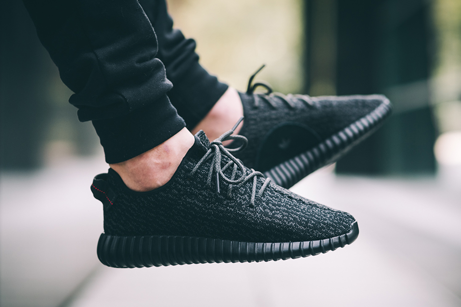 84% Off Yeezy boost 350 V2 black footlocker canada Price