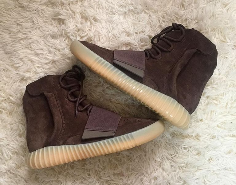 adidas-yeezy-750-chocolate_02