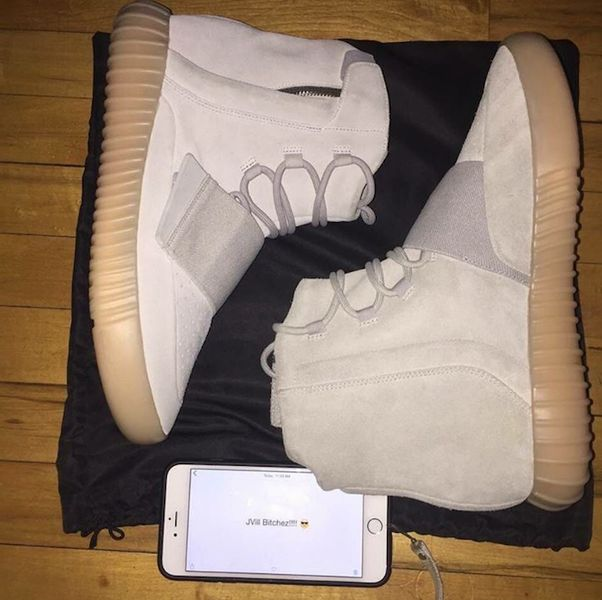 glow-in-the-dark-yeezy-750-boost
