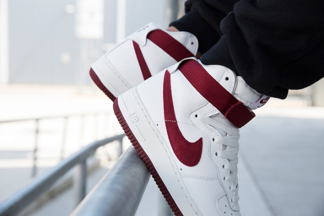 nike-air-force-1-high-red-burgundy-3-640x428