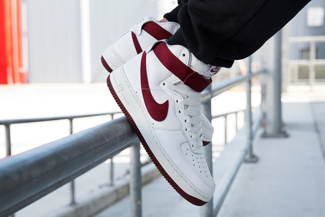 nike-air-force-1-high-red-burgundy-4-640x428