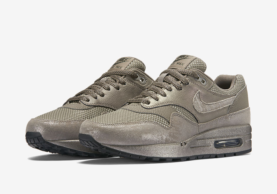 nike-air-max-1-metallic-pewter_02