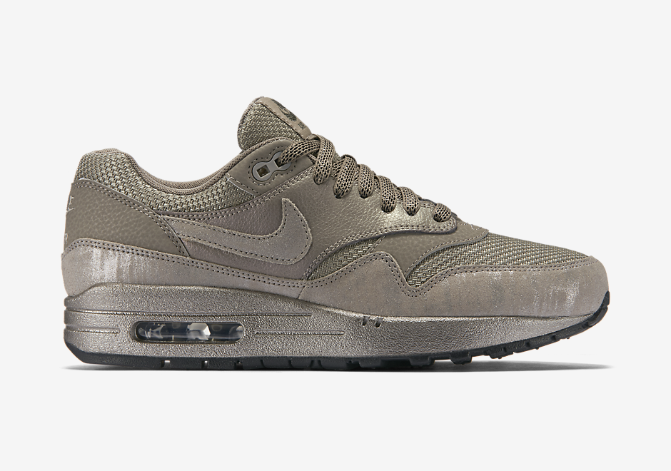 nike-air-max-1-metallic-pewter_04