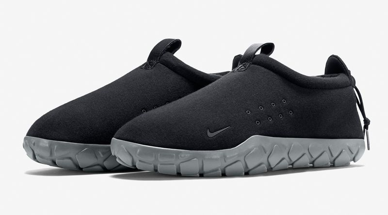 nike-air-moc-fleece-black-grey-3