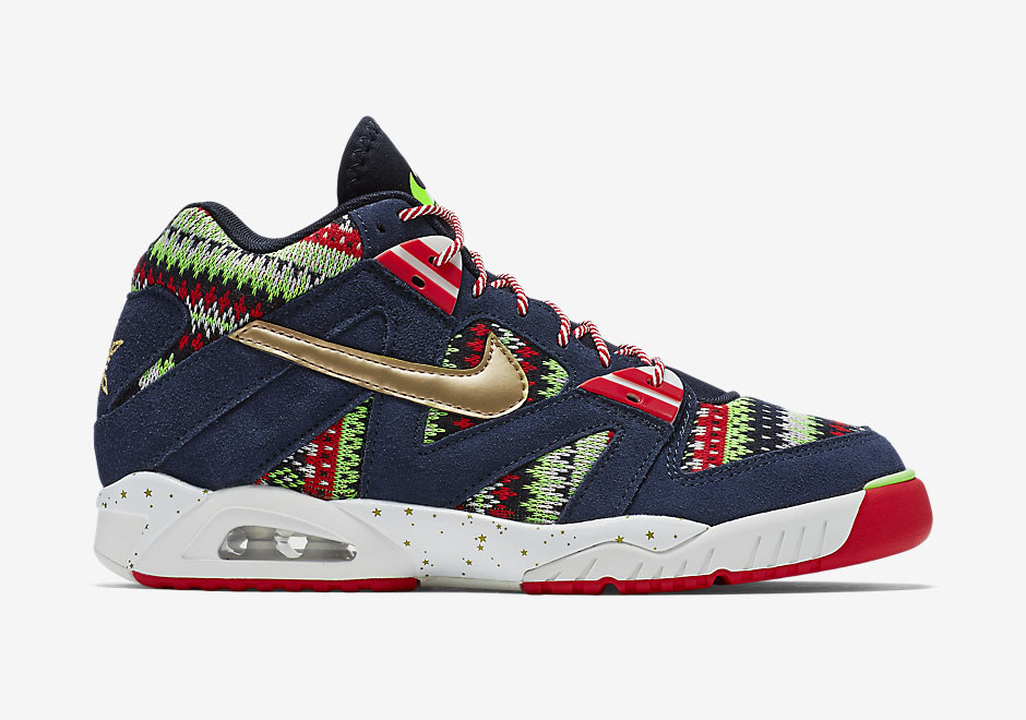 nike-air-tech-challenge-iii-christmas-1