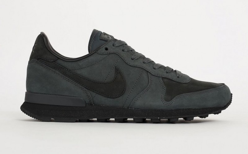 nike internationalist lx anthracite_02