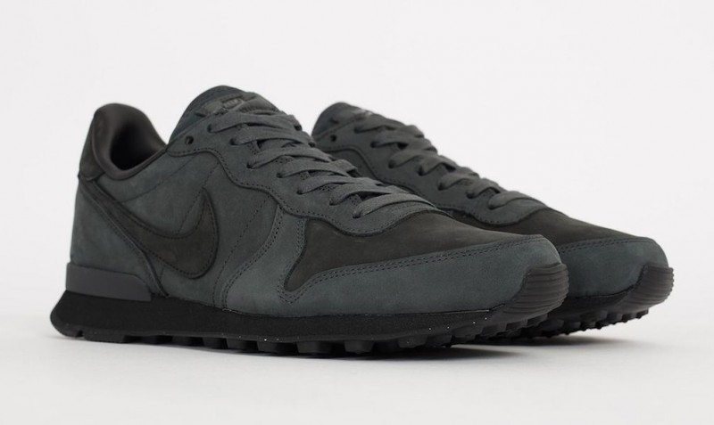 nike internationalist lx anthracite_03