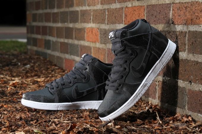 nike-sb-dunk-high-griptape-681x454