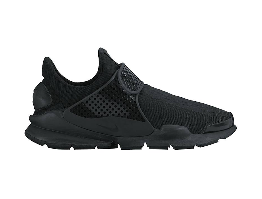 nike-sock-dart-blackout