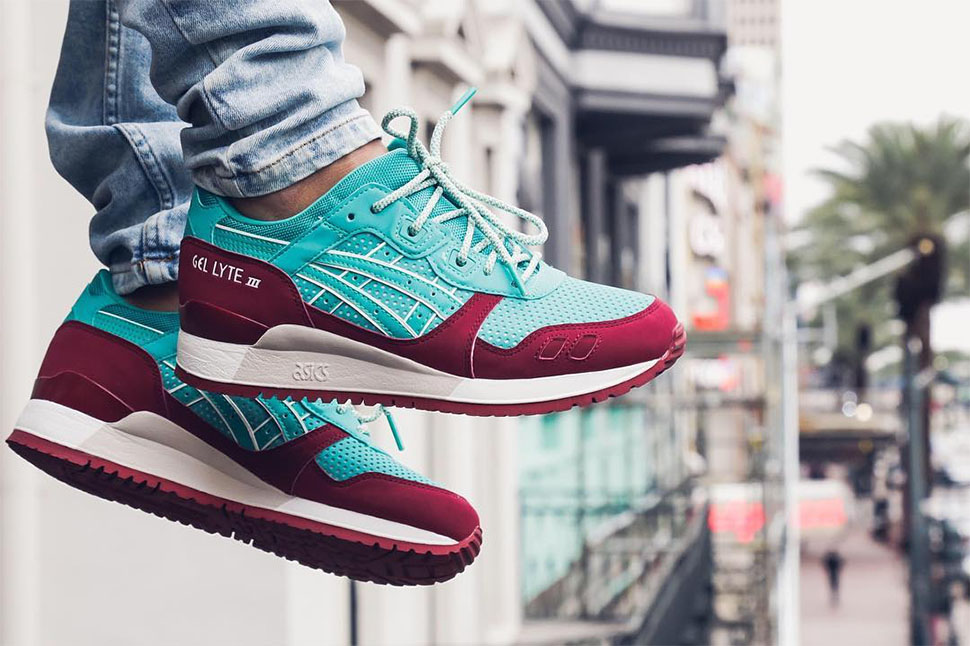 Asics-Gel-Lyte-III-Mint-Burgundy