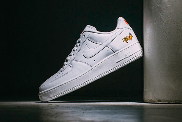 NIKE-AIR-FORCE-1-LOW-NAI-KE-20168-640x428
