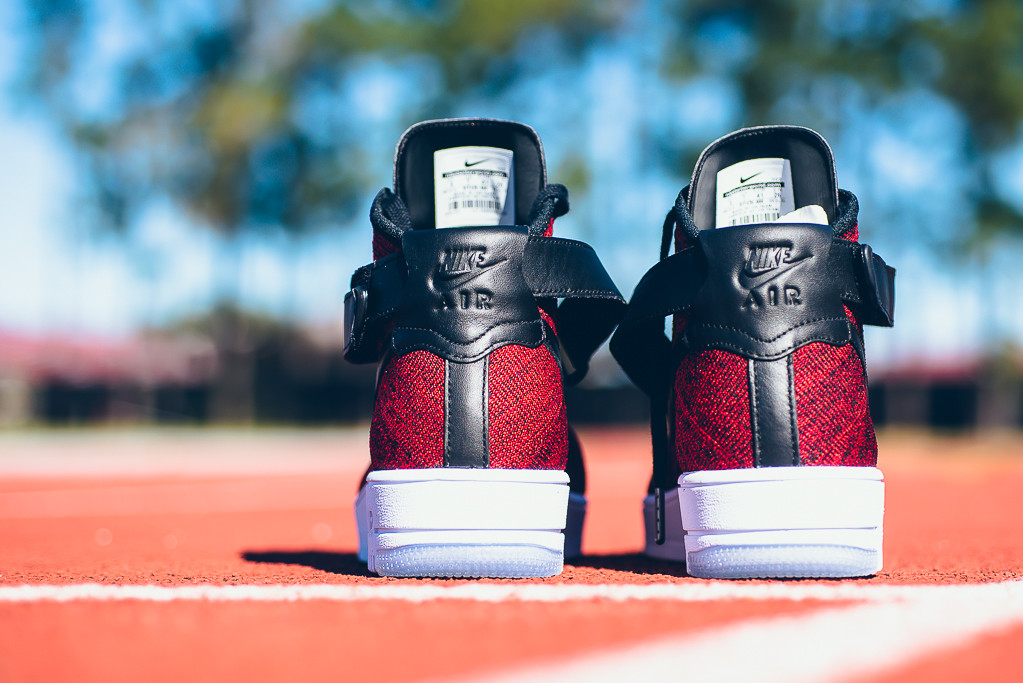 Nike Air Force 1 Flyknit Low Rojas