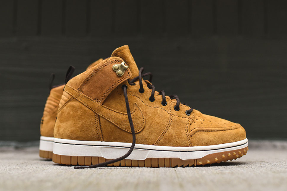 Nike-Dunk-CMFT-Sneakerboot-Wheat-2