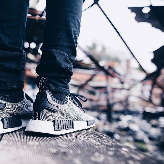 adidas-nmd-black-white_03