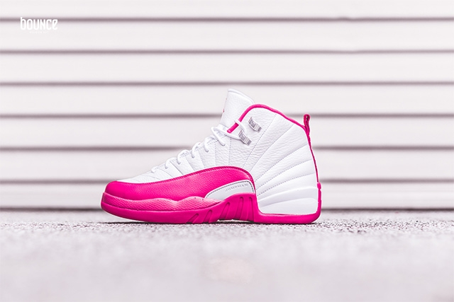 air-jordan-12-valentines-day_02