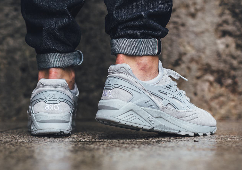 asics-gel-kayano-trainer-light-grey-monochromatic-03