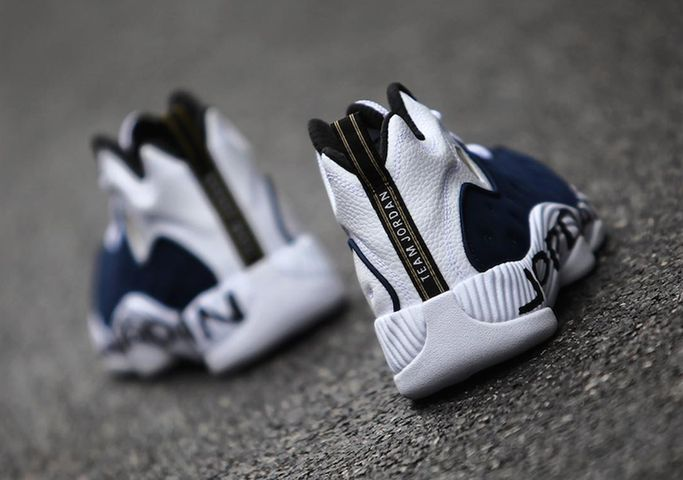 jordan-jumpman-team-2-white-navy-4