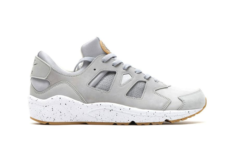 nike air huarache international wolf grey2