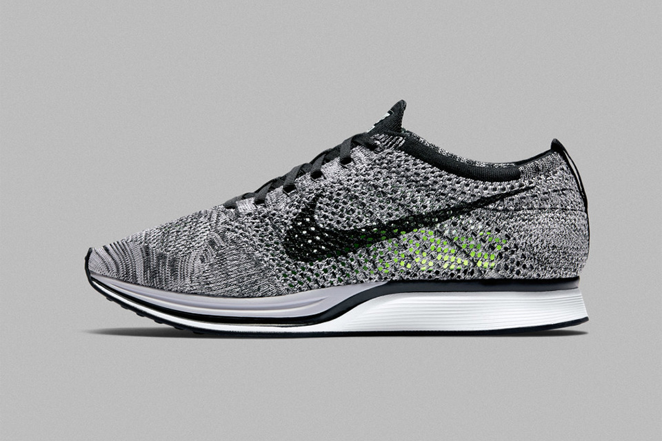 Nike Flyknit Course Oreo Version 1.0