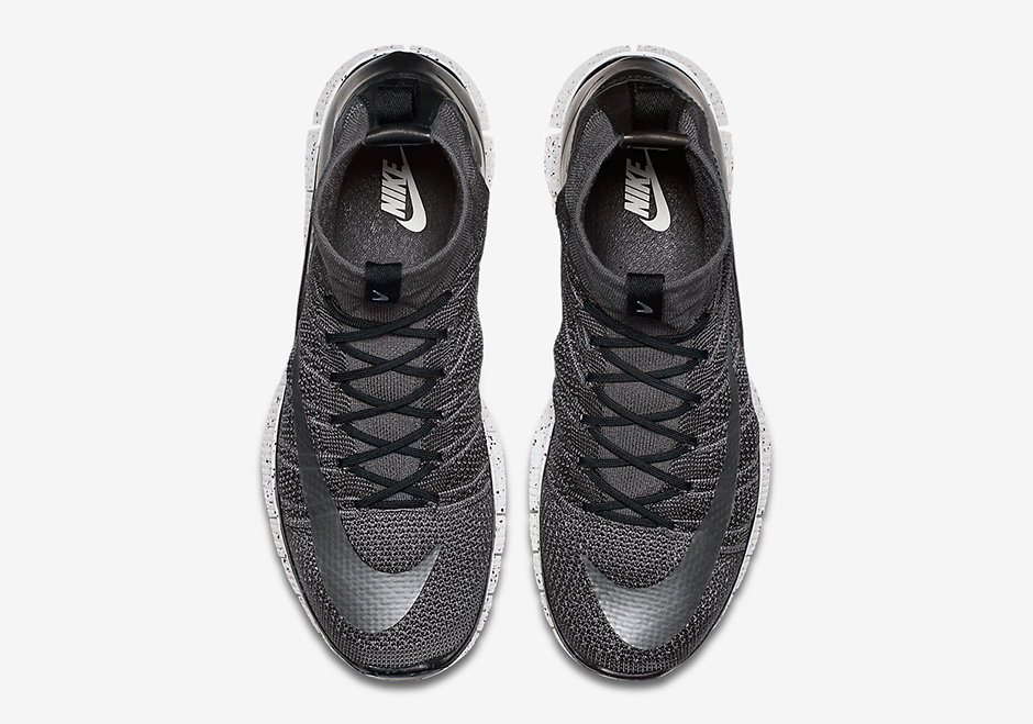 nike-free-mercurial-superfly-dark-grey-1-681x477