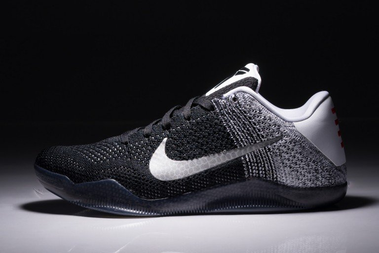 nike-kobe-11-black-white-court-purple-1