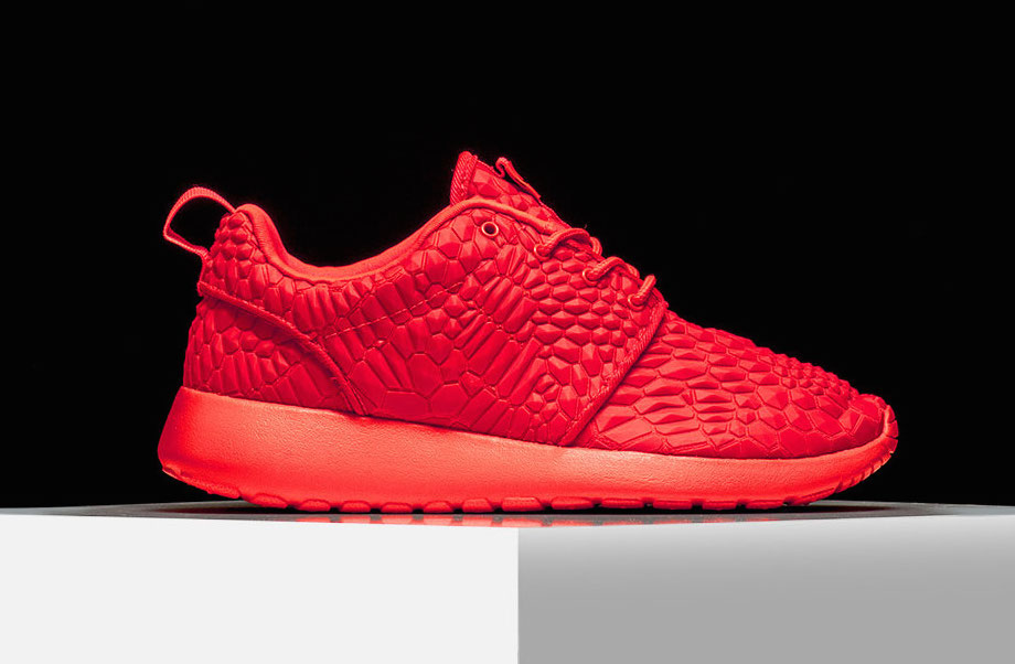 nike-roshe-one-diamondback-bright-crimson-2