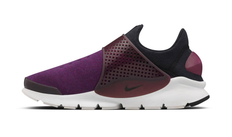 nike-sock-dart-fleece-mulberry_02