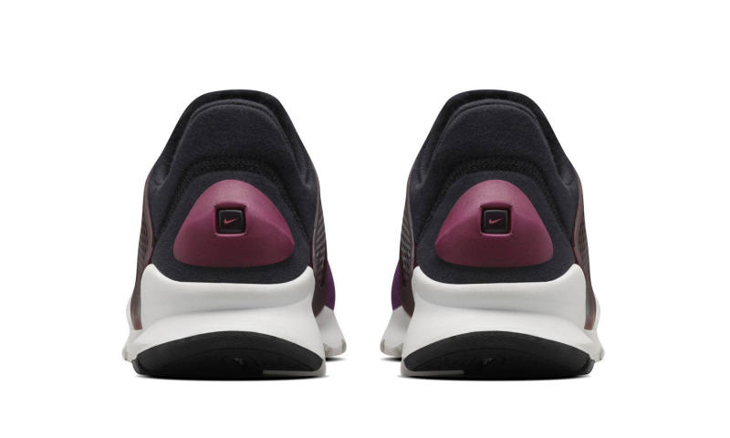 nike-sock-dart-fleece-mulberry_04