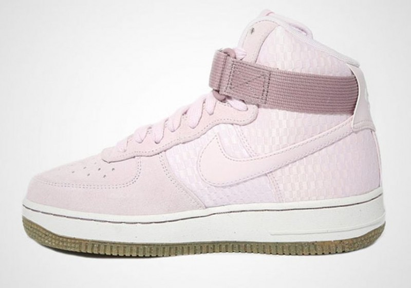 nike wmns air force 1 bleached lilac1