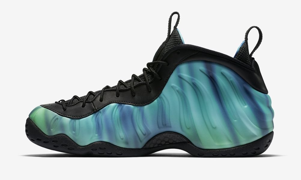 northern-lights-all-star-nike-foamposite-one