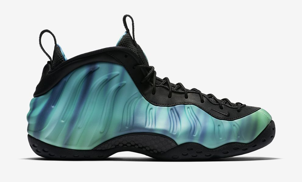 northern-lights-all-star-nike-foamposite-one_09